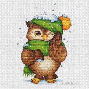 Совенок со снежком